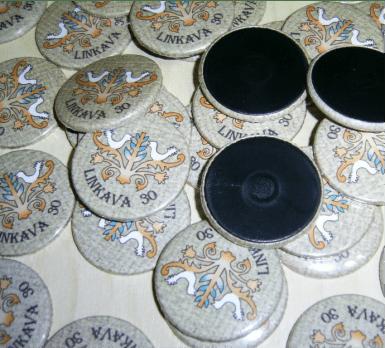 APVALUS MAGNETAS, Apvalus, su metaliniu pagrindu